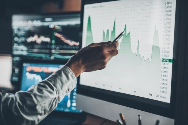 Faut-il investir en bourse actuellement ?
